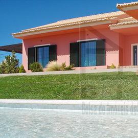 Algarve 500.000 euros Moradia a 6km das praias com uma excelente paisagem em ambiente rural
