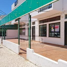 Albufeira 3 lojas para venda Oura